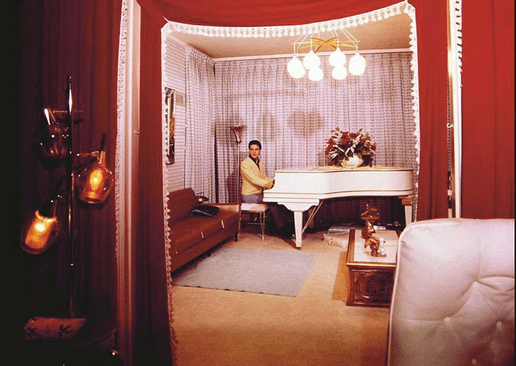 Elvis at the piano in Graceland