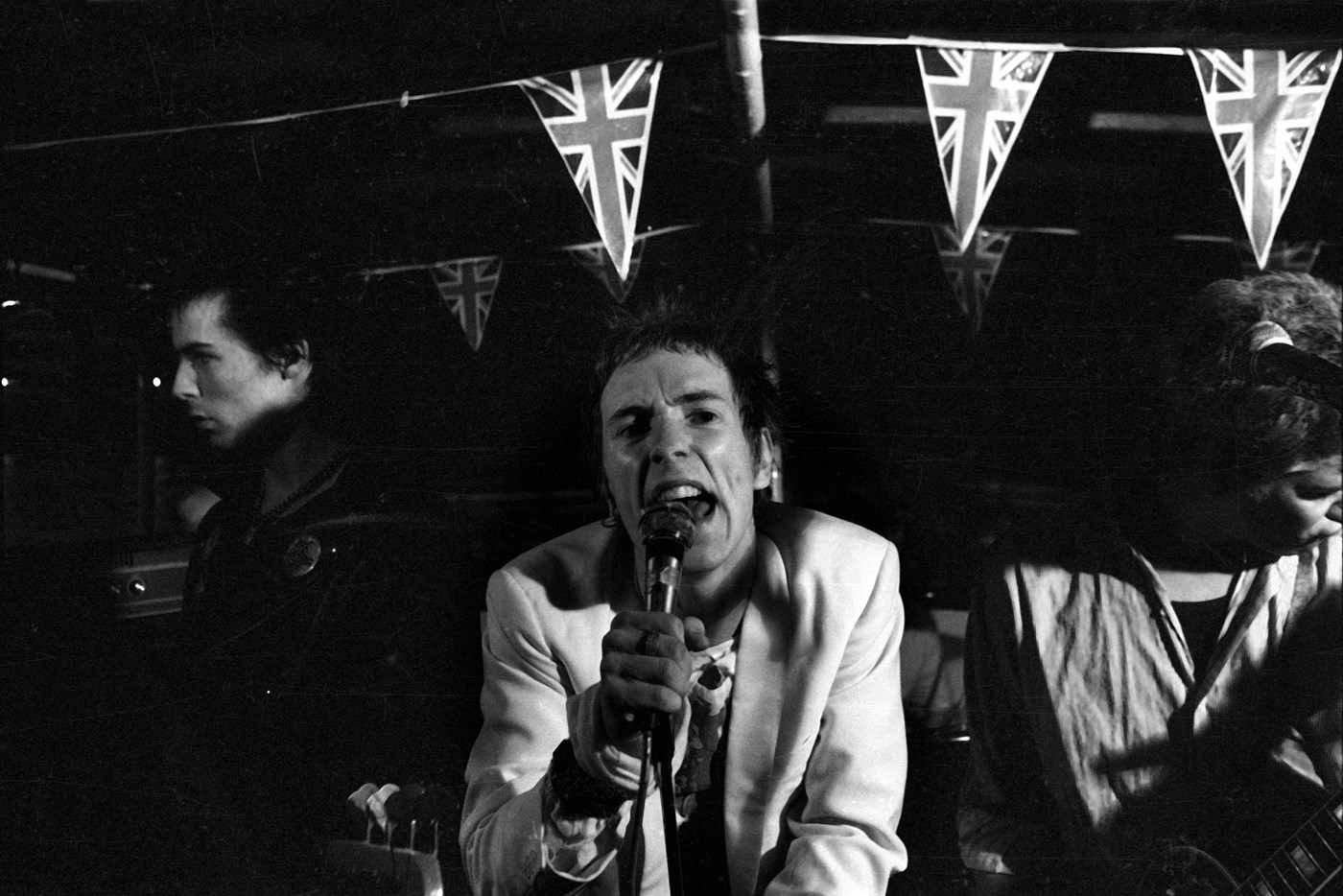 Sid & John on the boat party ©Dave Wainright