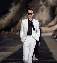 SAINT LAURENT_MEN_SS20_RUNWAY_09_HR