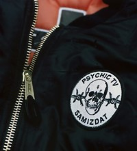 AM-PSYCHIC TV 4