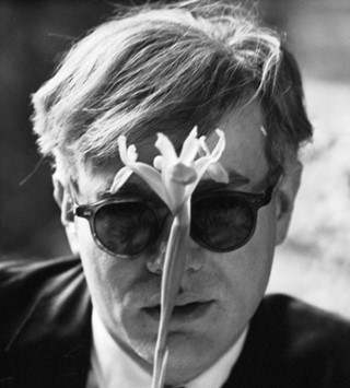 HOPPER_Andy Warhol (with flower), 1963