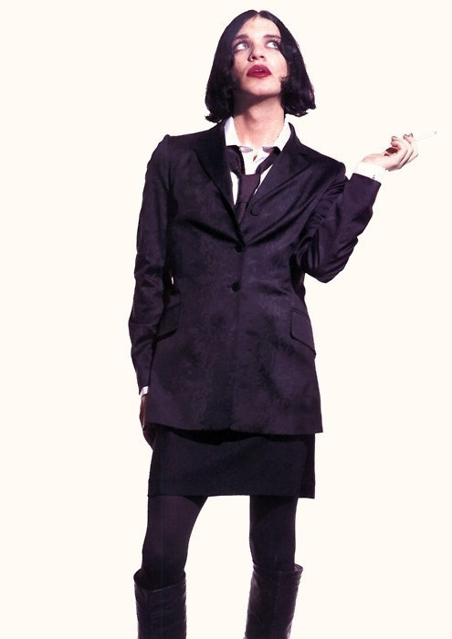 Brian Molko queer icon androgynous fashion style