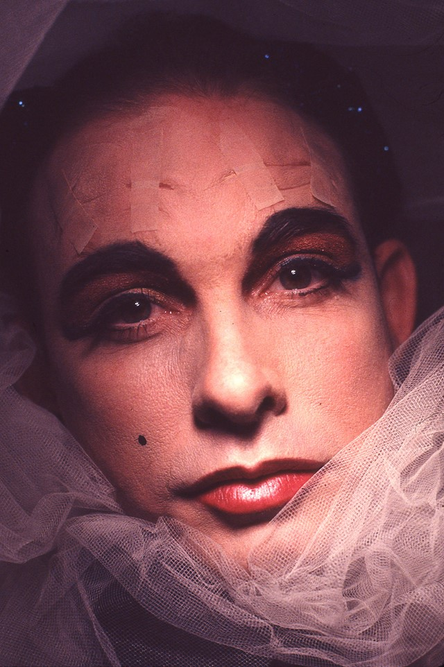 1991_Untitled (Drag Performance)_Install 49